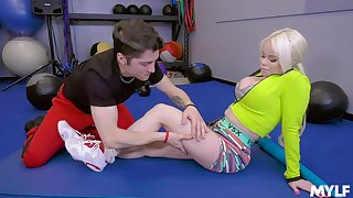 Nikki Delano wants to try new ways of reaching orgasm at the gym